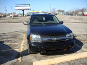 2004 Chevrolet TrailBlazer Indianapolis IN 2182 - Photo #1